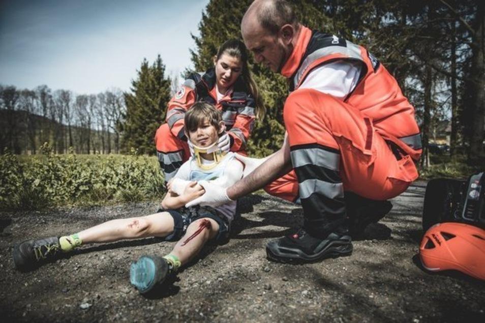 Im Video spielte Philipp Herforts Sohn Vincent das Unfallopfer - und wurde dafür täuschend echt geschminkt.