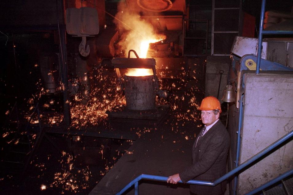 Dietrich Haselwander in der Schmiedeberger Gießerei. Ihm ist wesentlich zu verdanken, dass der Betrieb den Umbruch der 1990er-Jahre gut überstanden hat.