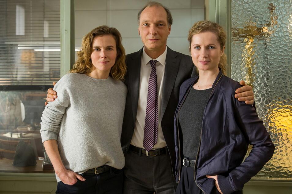 Karin Gorniak (Karin Hanczewski), Peter Michael Schnabel (Martin Brambach) und Leonie Winkler (Cornelia Gröschel) sind das Dresdner Tatort-Team.