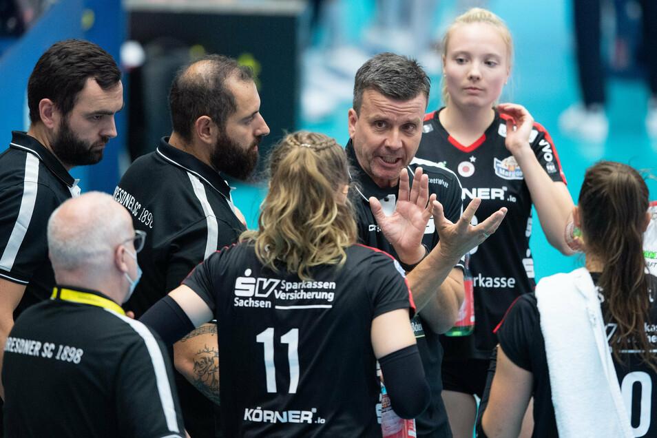 DSC-Trainer Alexander Waibl zieht seine Lehren aus der Supercup-Niederlage gegen den Schweriner SC.