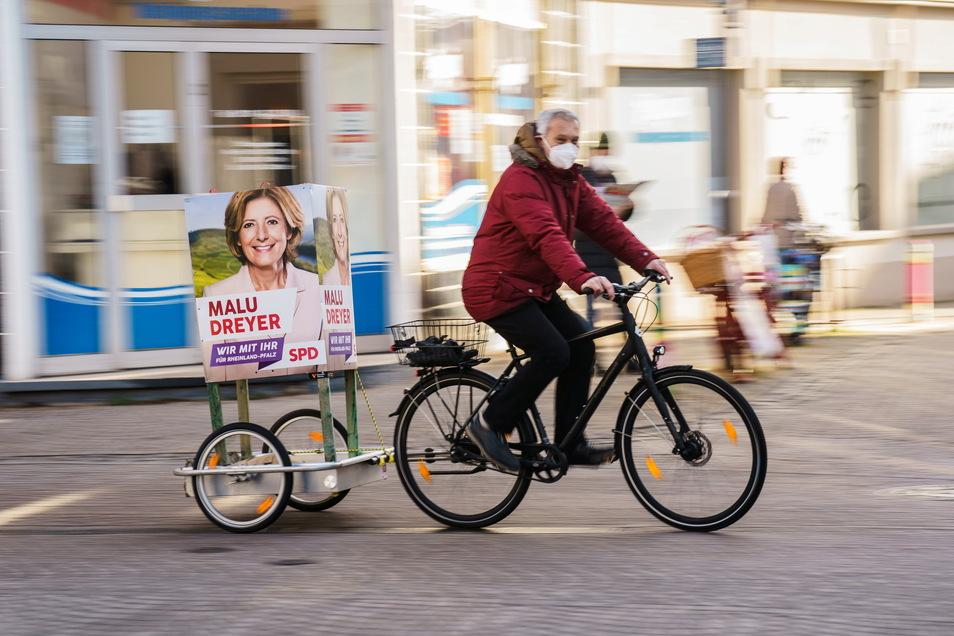 Vor allem vom Wahlschicksal von Malu Dreyer in Rheinland-Pfalz hängt ab, wie die SPD den Wahlsonntag übersteht. Verliert die beliebte Ministerpräsidentin, käme das auch für die Kampagne im Bund einer ersten Katastrophe gleich.