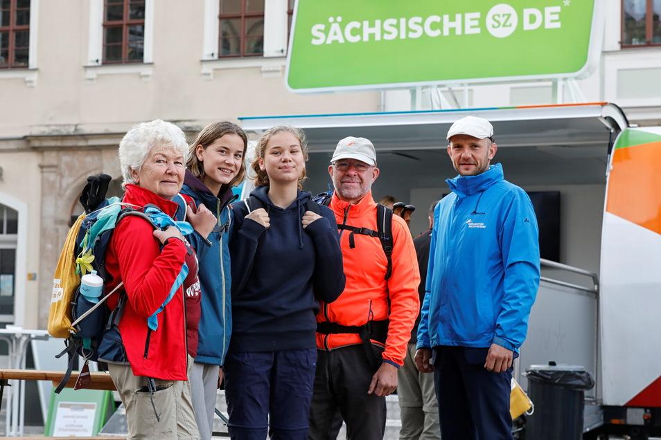 Familie Wilisch aus Lohmen und Stephan Meyer gingen mit der SZ auf die erste Herbstwanderung durch die Oberlausitz.