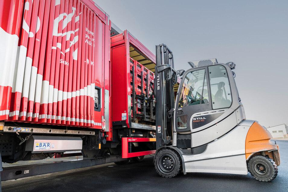 Mehr Schienenverkehr, E-Motoren und optimierte Routen: Auch im Logistikbereich können Lebensmittelhersteller nachhaltig Emissionen reduzieren.