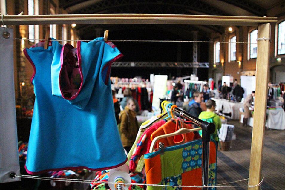 Auf dem Handmade-Markt im Alten Schlachthof gibt es zum 16. Mal Handgemachtes vom T-Shirt bis zum Bienenwachstuch.