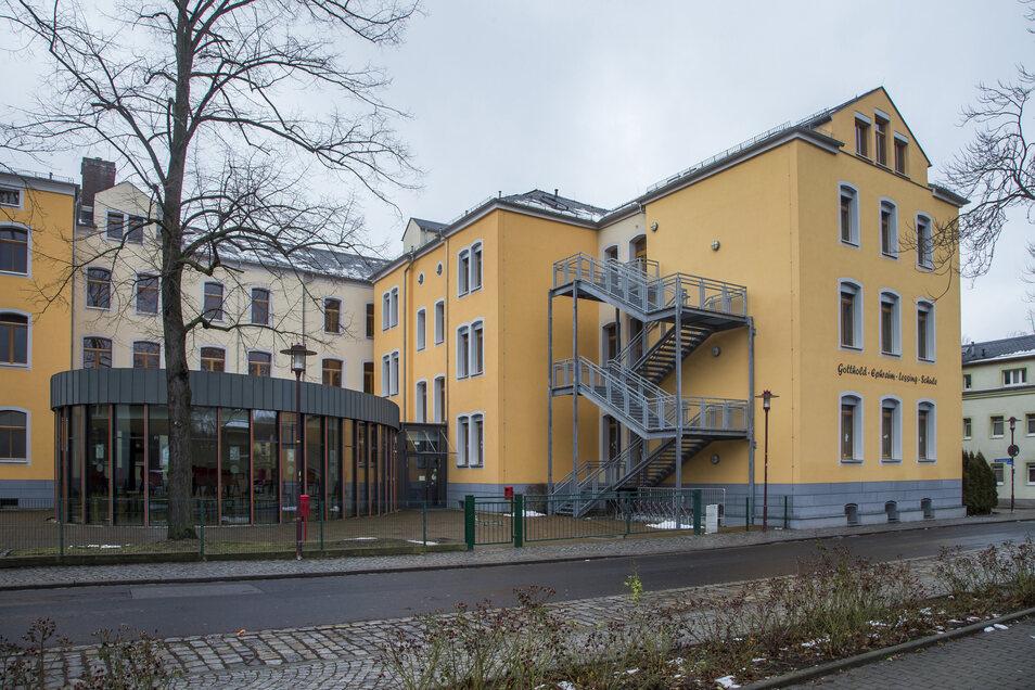 Die Lessingschule in Freital soll erweitert werden. Es geht um mehr Platz für Klassenräume und Schulhort.