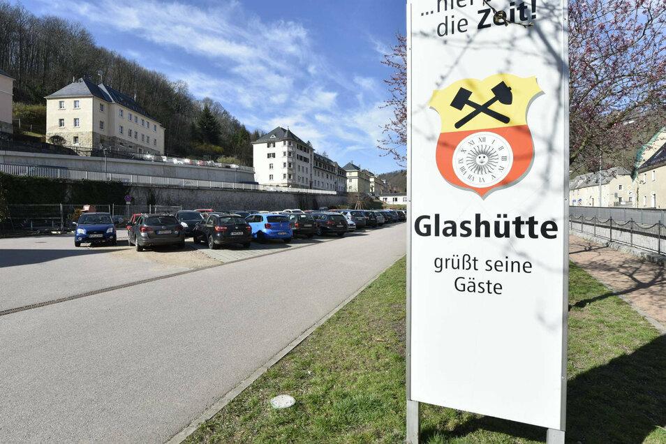 Blick auf die Festwiese Richtung Johnsbach. Hier möchte die Stadt Veränderungen vornehmen.