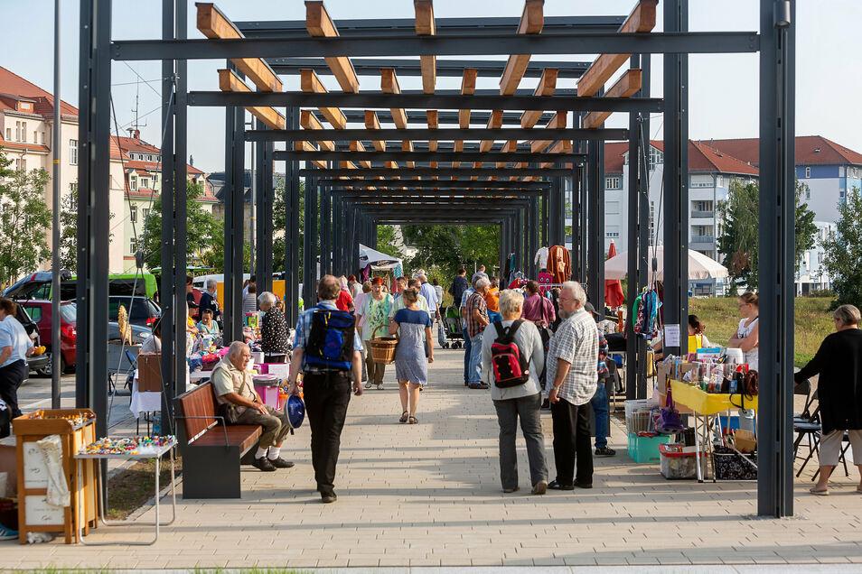Ende September kann auf dem Freitaler Neumarkt wieder gefeilscht werden - beim beliebten Flohmarkt.