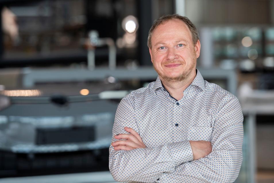 Thomas Kunert hat Wirtschaftsingenieurwesen studiert, seit Januar ist er Leiter des Technischen Büros bei VW in Dresden. Bei Dynamo gehörte er mehr als ein Jahrzehnt lang zum Aufsichtsrat.