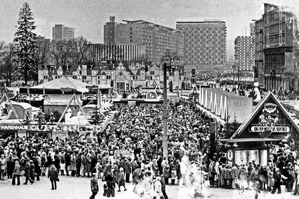Der Dresdner Striezelmarkt auf einer Aufnahme aus dem Jahr 1978.
