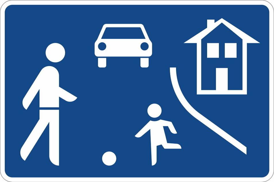 Nur auf Flächen, die mit entsprechenden Schildern als Fußgängerzone oder wie hier als Spielstraße gekennzeichnet sind, gilt derzeit Maskenpflicht. Ab Montag gilt nun überall auf öffentlichen Straße und Plätzen die Pflicht, Mund-Nasen-Schutz zu tragen. .