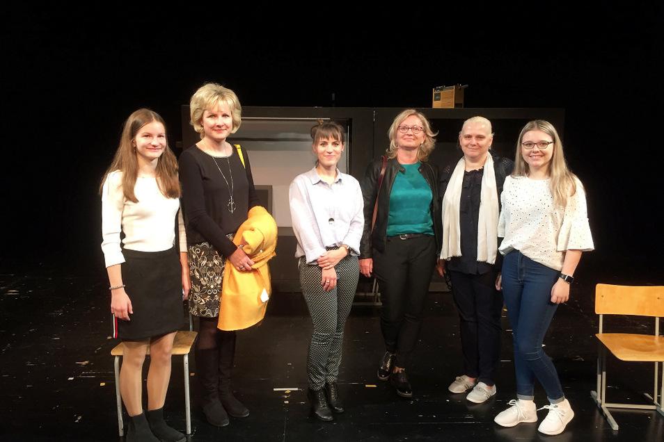 Bei der Premiere bei den Landesbühnen Sachsen (LBS) in Radebeul.