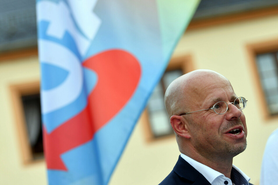 Andreas Kalbitz will die Brandenburger AfD weiterführen.
