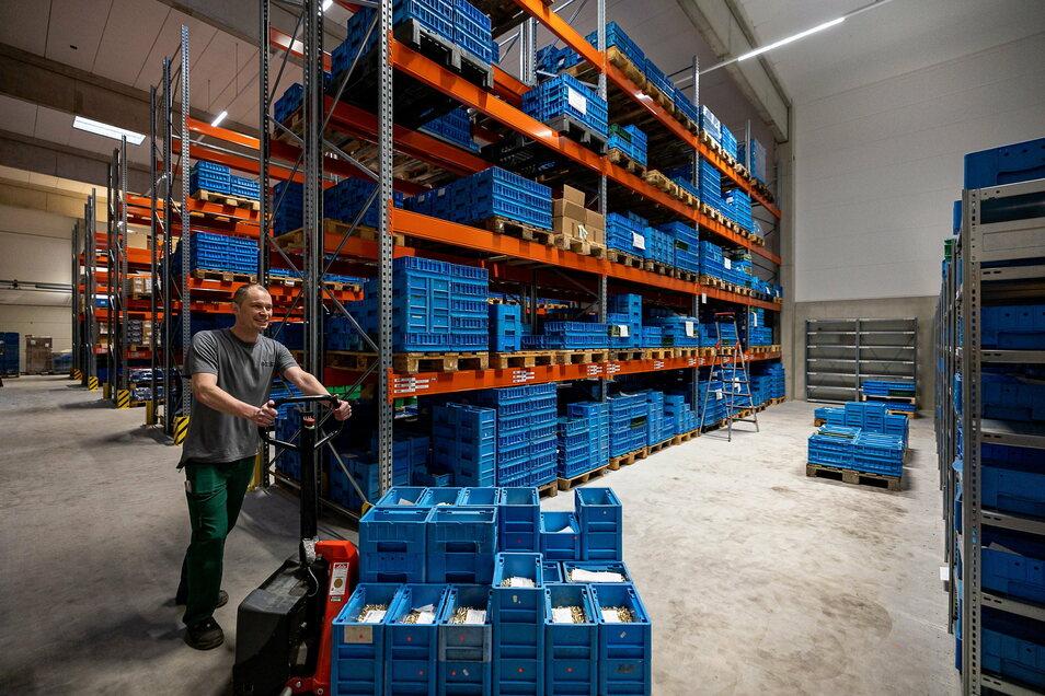 400 Palettenstellplätze bietet die neue Logistikhalle, die Herbrig im vergangenen Jahr gebaut hat.