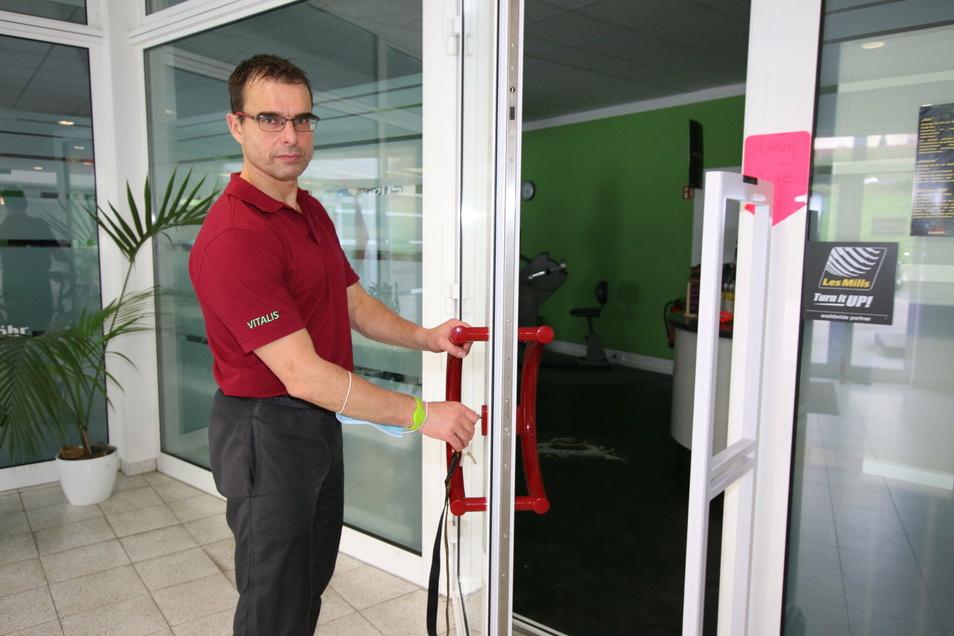 Steffen Ulbricht will sein Fitnessstudio endlich öffnen.