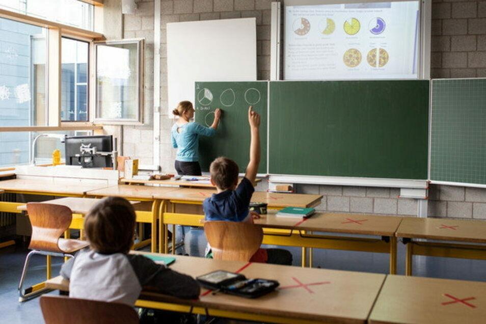 Präsenzunterrricht an Schulen wird es im Kreis Görlitz bald nicht mehr geben.