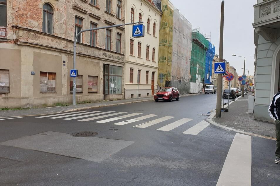 Görlitz hat 27 Fußgängerüberwege - im Bild jener auf der Bismarckstraße.