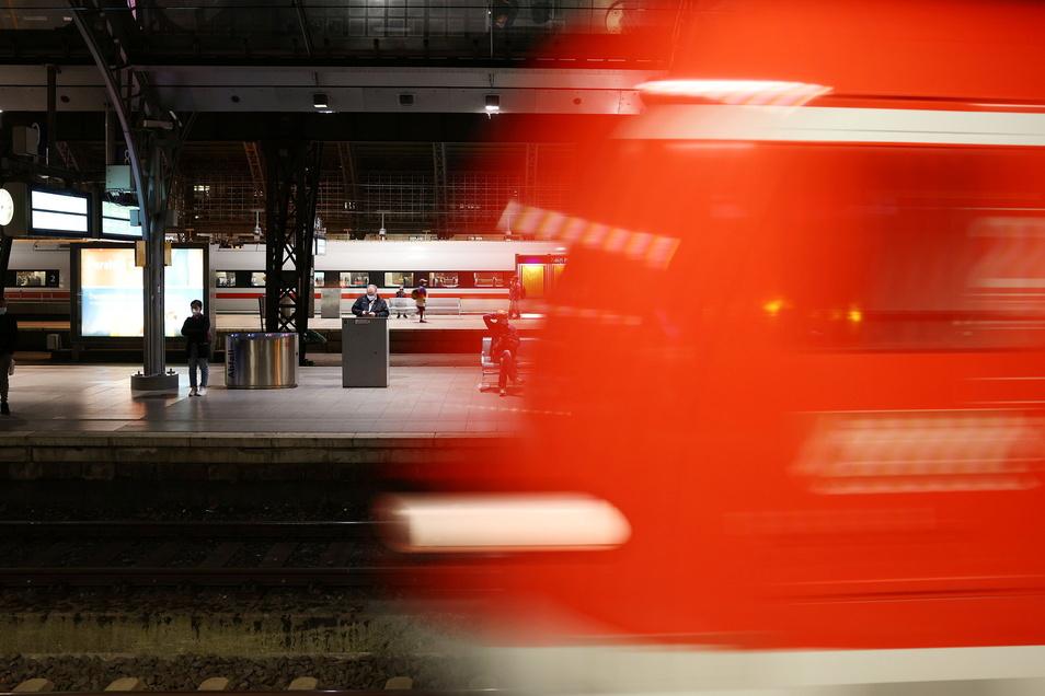 Im Tarifkonflikt bei der Deutschen Bahn gibt es weiterhin keine Einigung.