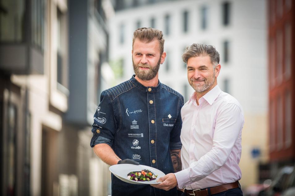 Clemens Lutz (r.) ruft die Dresdner zum Kochsternstunden-Spezial. Auch der Sieger der 12. Ausgabe, Elvis Herbek vom Restaurant finesse ist dabei.