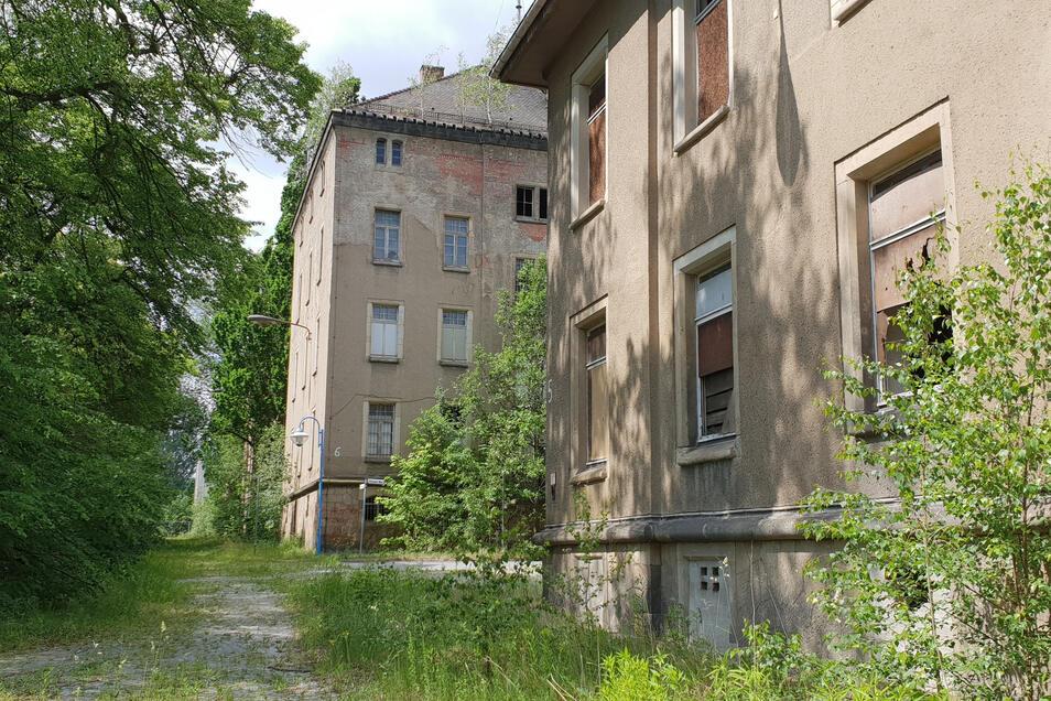 Ehemalige Wohngebäude im einstigen Armeegelände am Villingenring in Zittau.