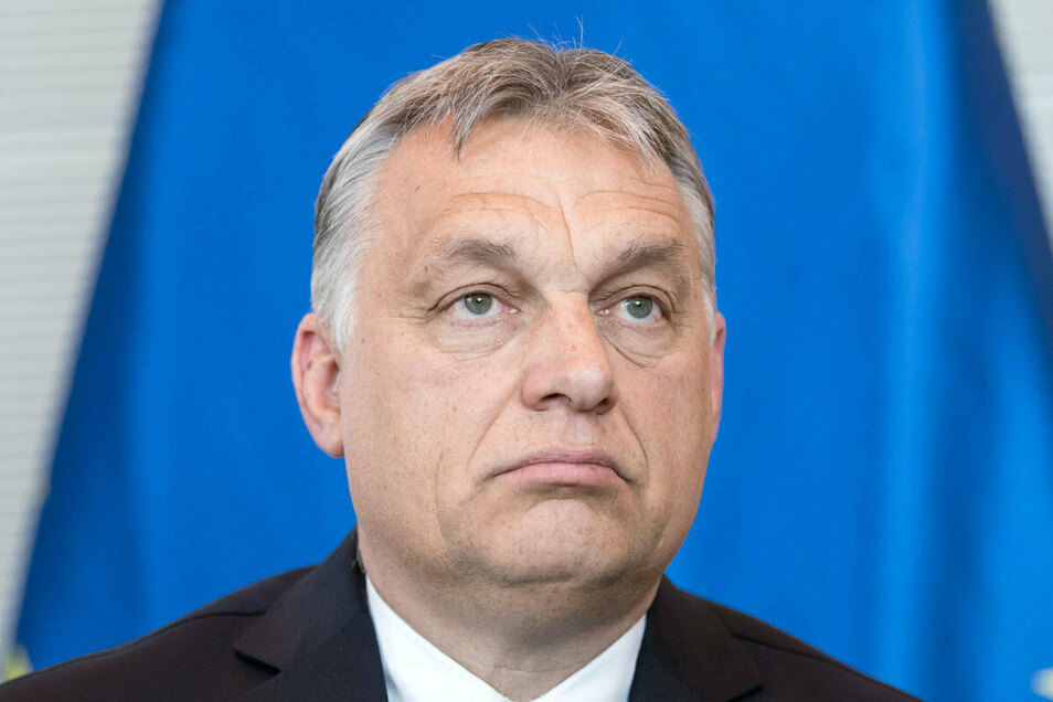 Viktor Orban und seine Regierung haben einer Verfassungsnovelle zugestimmt, die sexuelle Minderheiten diskriminiert.