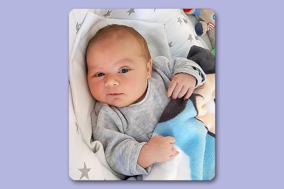 Tim, geboren am 18. Februar, Geburtsort: Bautzen, Gewicht: 3.630 Gramm, Größe: 50 Zentimeter, Eltern: Lisa Franke und Sven Franzke, Wohnort: Bautzen