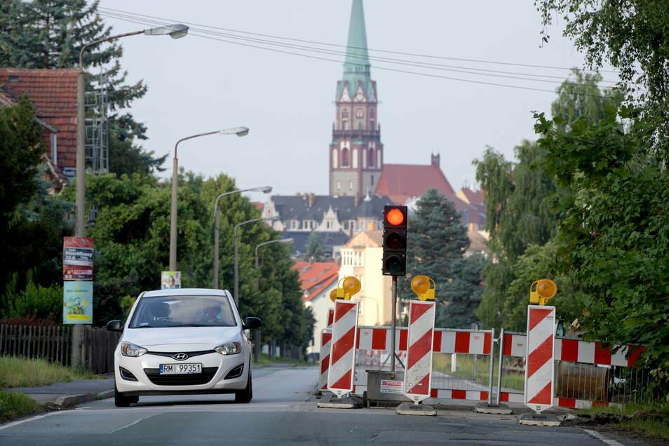 Schon seit einem Monat ist die Neusalzaer Straße eine Baustelle - und es kommt noch schlimmer.