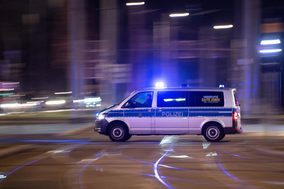 Polizisten konnten einen Verdächtigen in einem Raubfall in Hainichen festnehmen.