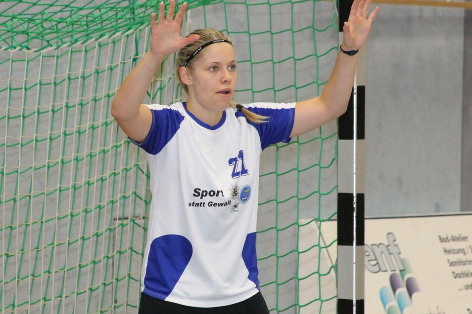 Torfrau Ann Rammer vom HC Rödertal in der Zweitliga-Saison 2013/14. Sie war schon beim Start des neuen Vereins 2009 dabei und spielte vorher für den HSV Pulsnitz. :