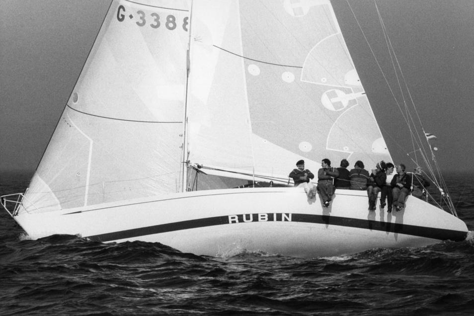 """Einst hieß die von Cuxhaven gesunkene Yacht """"Rubin"""". Hans-Otto Schümann gewann 1973 mit ihr den """"Admiral's Cup""""."""