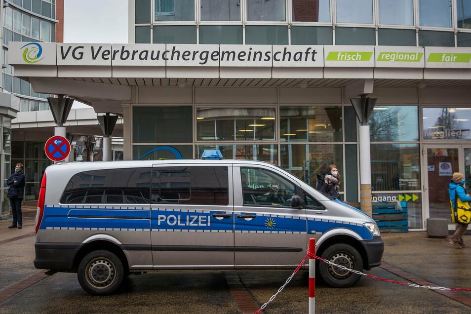 Die Polizei hat die Maskengegner im VG-Laden in der Dresdner-Neustadt nicht gesehen. Sie waren trotzdem da.