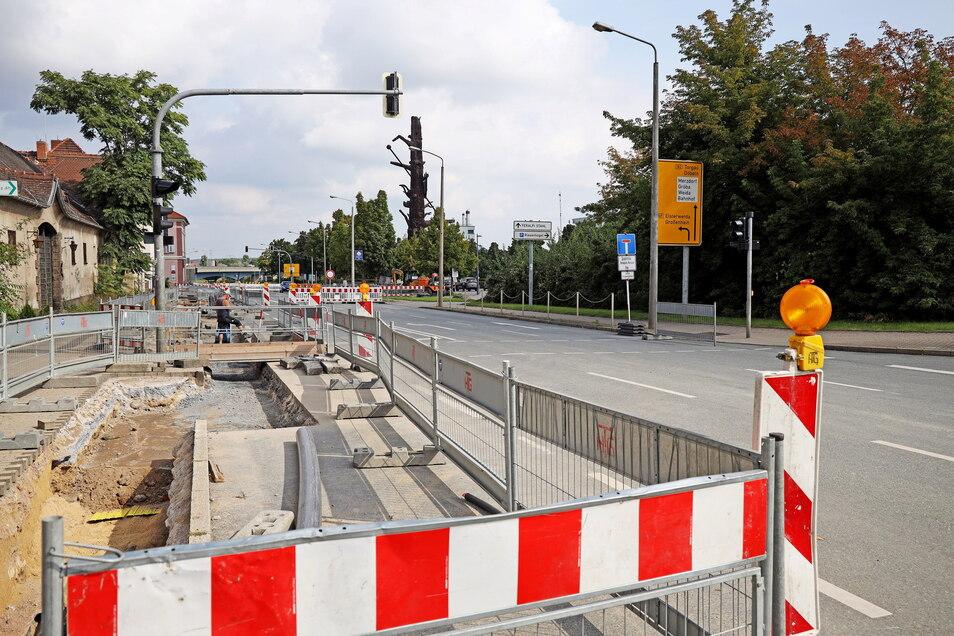 Soll noch bis zum 1. Oktober bleiben: die Sperrung an der Berliner Straße in Riesa.