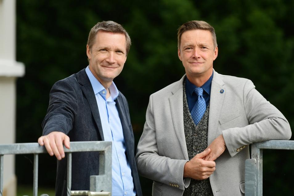 Arzt und Anwalt: Die Brüder Dr. Mathias (links) und Torsten Mengel haben aus ihrer beruflichen Sicht nicht immer den gleichen Blick auf Corona und die Pandemie-Regeln.