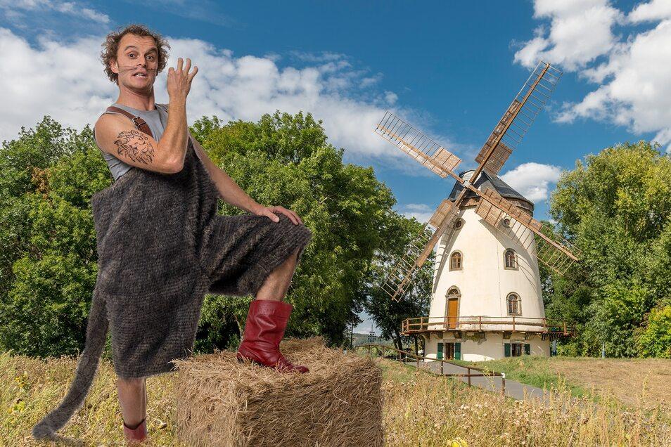 Märchenhafte Kinder-Unterhaltung: Der gestiefelte Kater mit Michael Bernd-Cananá.