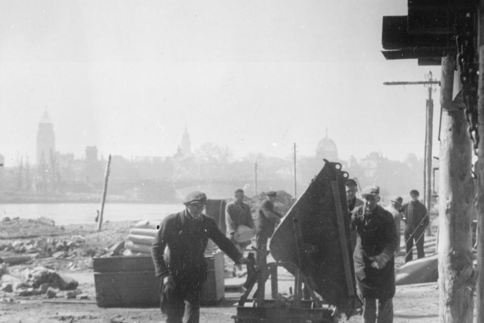 Im Frühjahr 1946 wurde die Brückenkonstruktion wieder hergestellt.