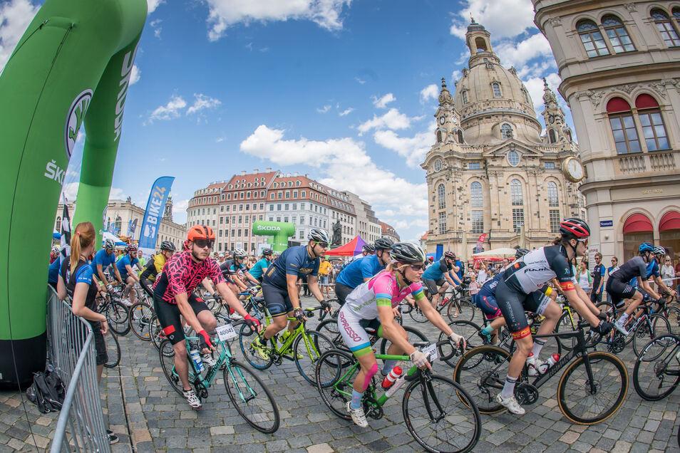 Das Radrennen Velorace für Jedermann lockte mehr als 1.300  Fahrradfans in die Dresdner Innenstadt.