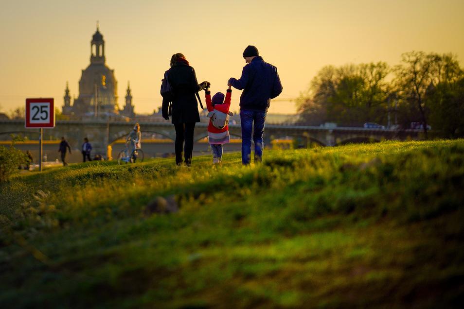 Dresdnerinnen und Dresdner können den Lebensabend länger genießen als Bewohner vieler anderer Regionen.