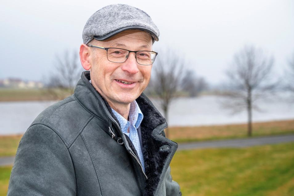 Die Elbe ist Mathias Busses Lieblingsplatz, auch wenn der Fluss dem Gohliser, seiner Familien und seinen Nachbarn schon viele Sorgen bereitet hat.