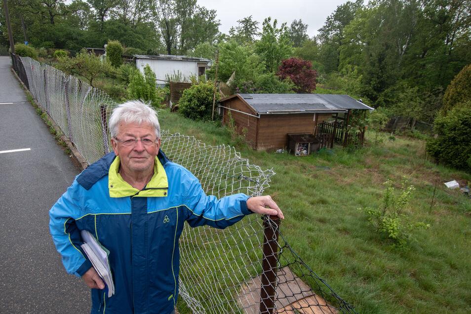 Die Kleingärtner vom Pfaffenberg Waldheim, allen voran Vorsitzender Bertram Handschuh, ärgern sich über verlassene und vermüllte Gärten.