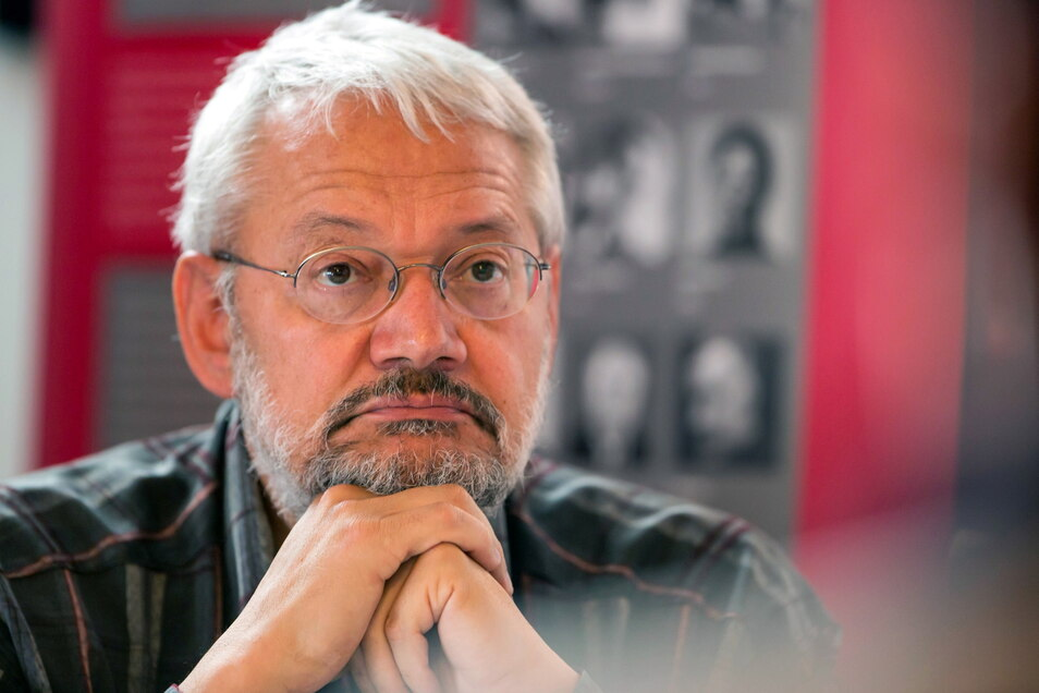 Matthias Biskupek ist am Sonntag im Alter von 70 Jahren nach langer Krebserkrankung gestorben.