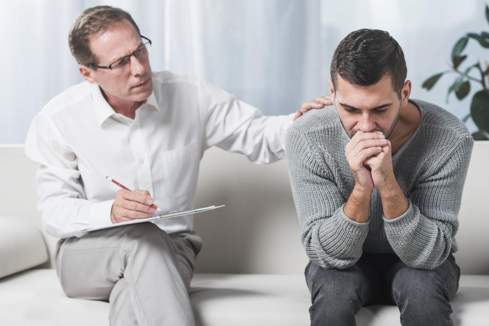 Lange Wartezeiten: Für gesetzlich Krankenversicherte ist der Weg zur Psychotherapie oft schwierig.