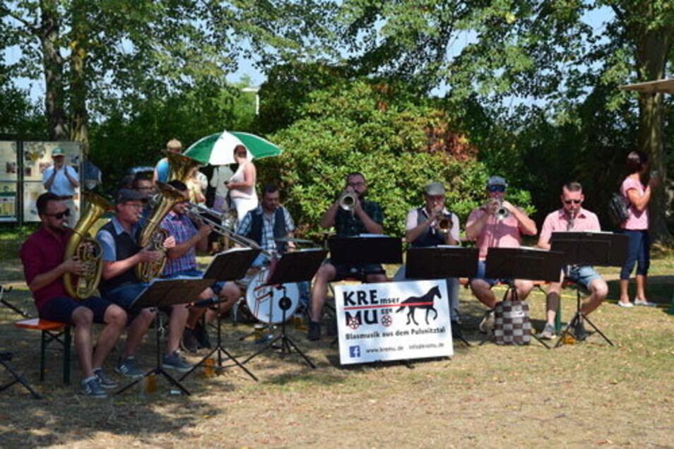Die Musiker der Kremsermugge spielen gern im Grünen und werden am Sonntag im Bischheimer Park zu erleben sein.