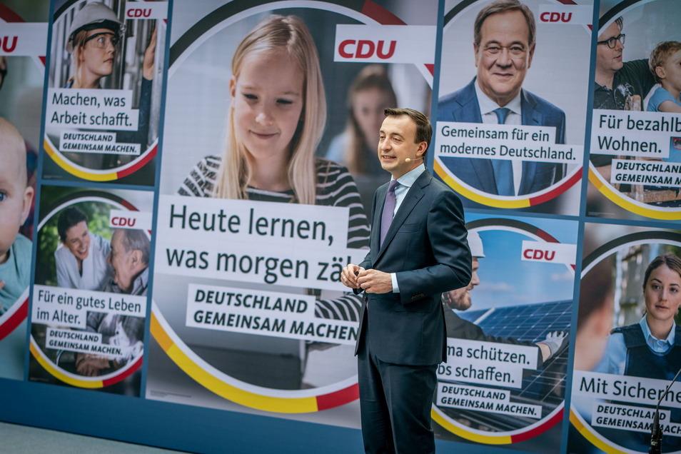 Paul Ziemiak, CDU-Generalsekretär, stellt die Kampagne der CDU für die Bundestagswahl vor.