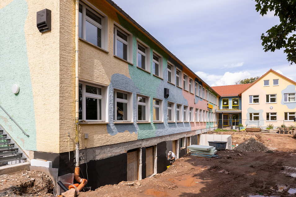 Der Keller der Grundschule in Reichstädt wird zu Schlafräumen für den Hort umgebaut.
