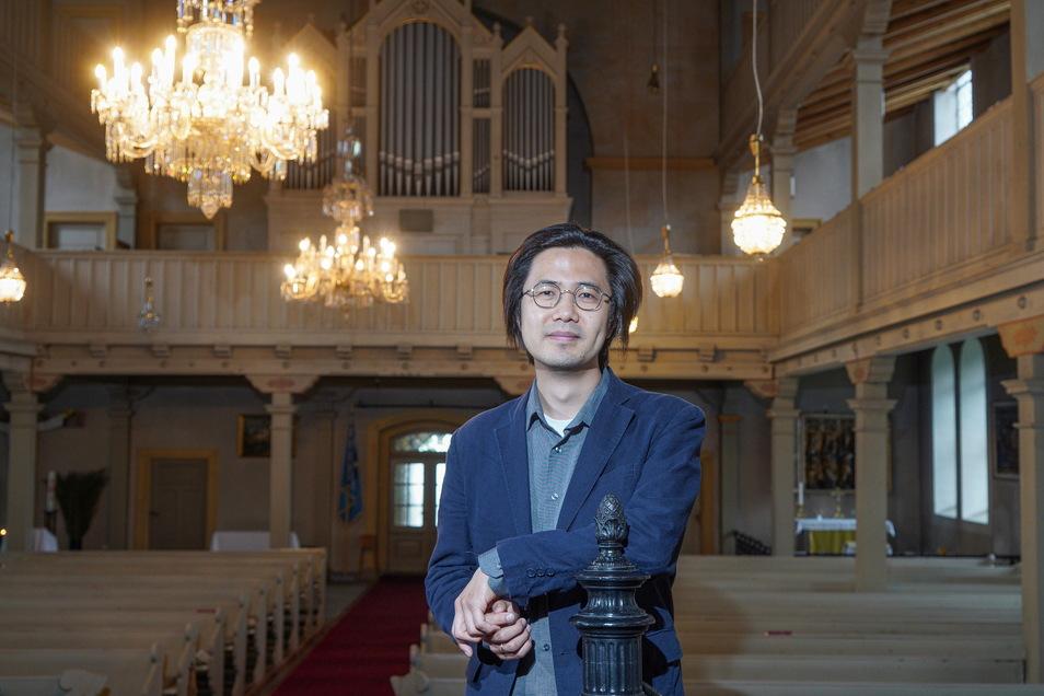 Am vergangenen Sonntag übernahm der Südkoreaner Sharon Moon erstmals die musikalische Leitung eines Gottesdienstes in der Gaußiger Kirche.