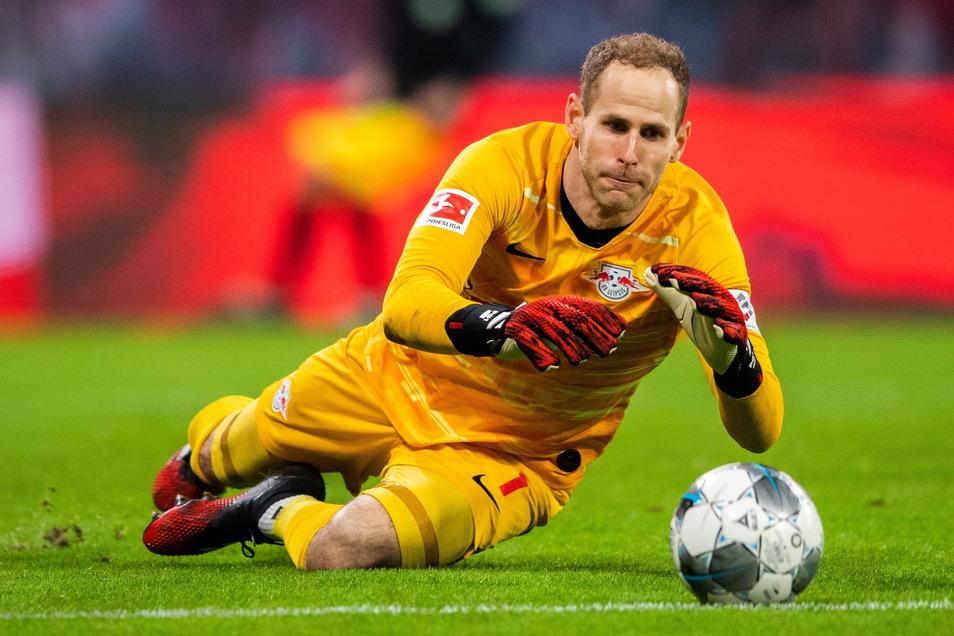 Peter Gulacsi beim Spiel RB Leipzig gegen Borussia Mönchengladbach.