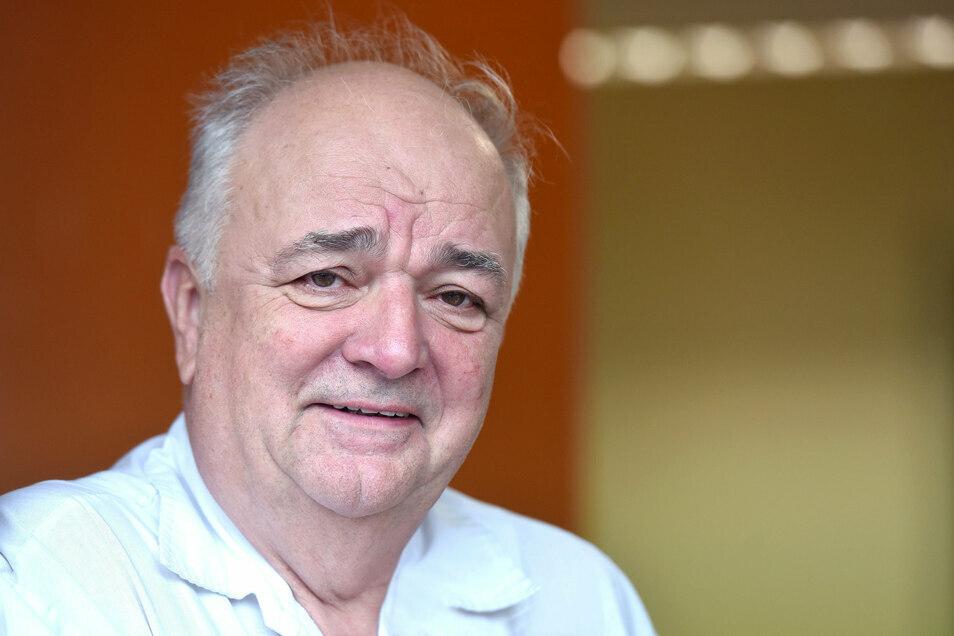 Der Oderwitzer Allgemeinmediziner Gottfried Hanzl gehört zu den Hausärzten, die eine Krankschreibung am Telefon ablehnen.