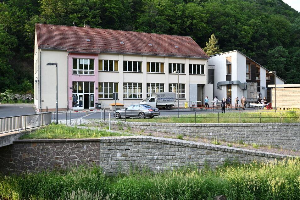 Das Gebäude der Forsttechnik in Tharandt heißt jetzt Edmund-von-Berg-Bau.