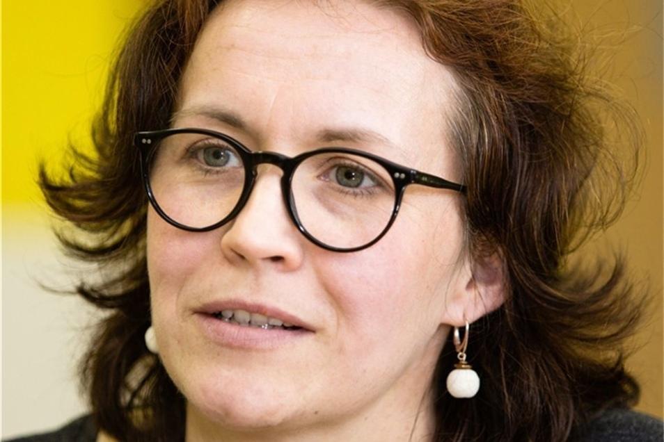 Franziska Schulze: Erst seit vier Monaten ist die 37-Jährige als DAZ-Lehrerin (Deutsch als Zweitsprache) an der Reicker Oberschule. Als DAF-Lehrerin (Deutsch als Fremdsprache) hat sie bislang vorrangig Erwachsene unterrichtet. Sie stammt aus Sachsen und h