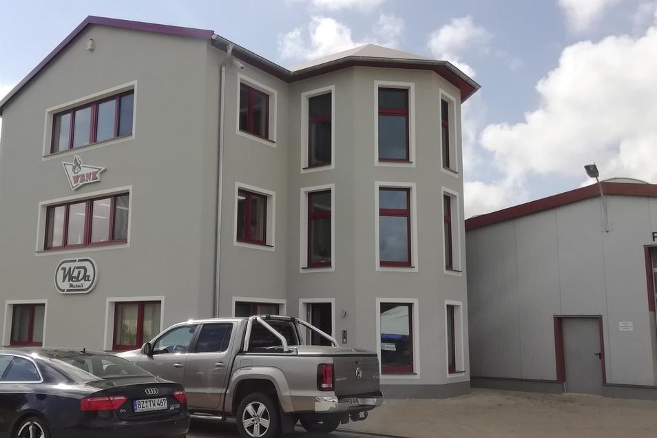 Das Verwaltungsgebäude der WeDa Metallbau in Miltitz bei Nebelschütz wurde im Vorjahr aufgestockt und neu hergerichtet.