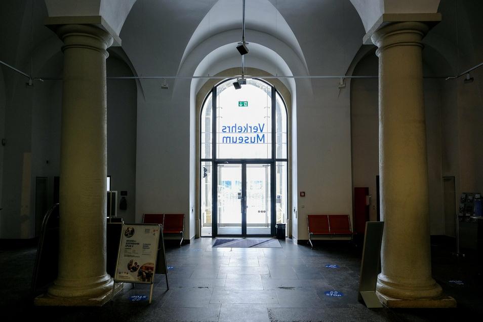 Das Foyer soll eine Frischekur bekommen.